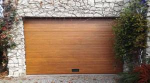 NAO 1.9m x 1.9m Porte de garage sectionnelle rainurée NAO